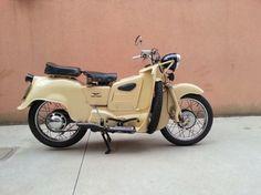 Foto del giorno: Moto Guzzi Galletto 192cc