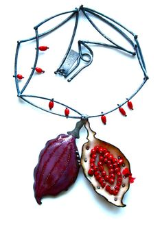 Pod & Brambles Locket by the noisy plume