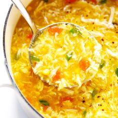 LOVE this cozy Chicken and Sweet Corn Soup recipe. It's basically an egg drop soup that's loaded up with chicken, corn and veggies. It's easy to make on the stovetop or in the Instant Pot. And it's sooo comforting and delicious. Korma, Biryani, Chicken And Sweetcorn Soup, Chicken Soup, Corn Chicken, Fresh Chicken, Corn Soup Recipes, Ramen Recipes, Recipies