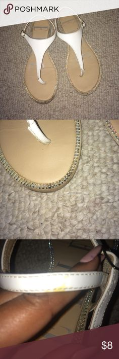 💎 Crystal Embellished Thong Sandals 💎 In good condition. Crystal embellished all around, none missing. Only flaws are two spots of discoloration on one of the shoes, as shown in the pics. (If you want more pics, ask) Elle Shoes Sandals
