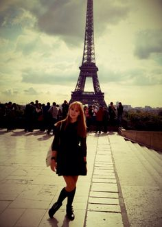 La Tour Eiffel in my favorite dress