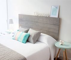 Discover easy and unique ideas for home, decor, beauty, food, kids etc. Try the best inspiration from a list of ideas which suits your requirement. Home Staging, Home Bedroom, Bedroom Decor, Bedrooms, Suites, New Room, House Rooms, Interior Design Living Room, Ideal Home
