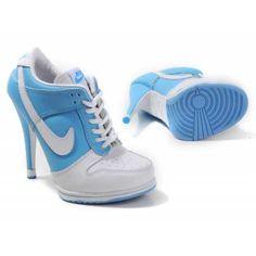 Heels   Nike Dunk SB Low Hees .
