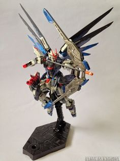 RG 1/144 Freedom Gundam RENEGADE Custom Build - Gundam Kits Collection News and Reviews