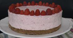 Egyszerű, gyümölcsös torta, málnaszezonon kívül mirelit málnából is készíthető. Hozzávalók 24 cm-es kapcsos tortaformához ... Tiramisu, Cheesecake, Cookies, Ethnic Recipes, Food, Cheesecake Cake, Biscuits, Cheesecakes, Essen