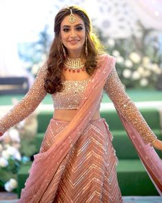 Party Wear Indian Dresses, Indian Wedding Gowns, Designer Party Wear Dresses, Indian Gowns Dresses, Indian Bridal Outfits, Indian Bridal Fashion, Indian Fashion Dresses, Indian Bridal Wear, Dress Indian Style