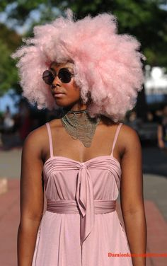 Black girl in pink hair colour. Afro in pink My Hairstyle, Afro Hairstyles, Black Women Hairstyles, Trending Hairstyles, Festival Hairstyles, American Hairstyles, Beautiful Hairstyles, Latest Hairstyles, Afro Punk