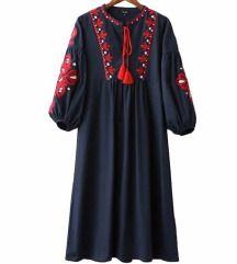 gyönyörű hímzett ruha