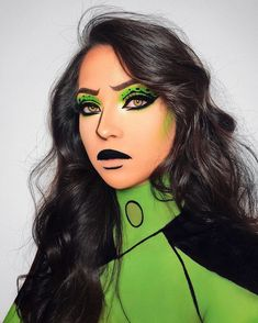 Pin By Shelbi Woodard On Halloween In 2019 Disney Halloween Makeup - Make Up Ideas Halloween Tags, Halloween Makeup Looks, Scary Halloween, Halloween 2019, Halloween Inspo, Shego Halloween Costume, Halloween Costumes With Makeup, Halloween Makeup Tutorials, Halloween Make Up Scary