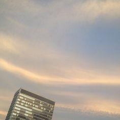 View of the sky from the Healey. #atlanta #downtownatlanta #sky