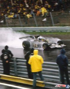 1973 Dutch Grand Prix...Peterson and his fantastic Lotus 72 under the rain!