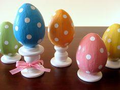 stayathomeartist.com: polka dot easter egg finials...