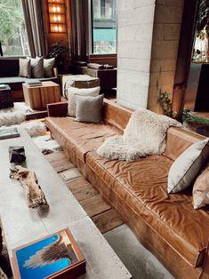 Live Shop, Summer Glow, The Hamptons, Living Room, Home, Ad Home, Home Living Room, Drawing Room, Homes