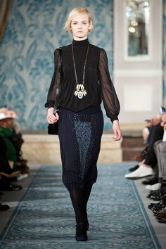Tory Burch Fall 2013 Ready-to-Wear Runway - Tory Burch Ready-to-Wear Collection - ELLE