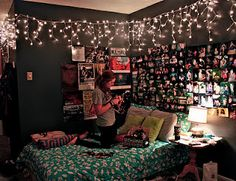xmas lights all year around! YES PLEASE, so doint this