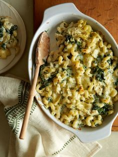 Spinach and Artichoke Mac and Cheese