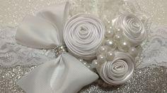 Tiara de bautizo blanca con flor enrolladaVIDEO No.449 creacionesrosaisela