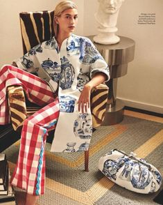 This Interior Designer's Collab With Max Mara Is Our Dream Summer Wardrobe Fashion Mode, Love Fashion, Spring Fashion, Fashion Outfits, Fashion Design, Haute Couture Fashion, Pattern Mixing, Mixing Prints, Hailey Baldwin