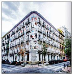 Madrid. Casa decorada en la confluencia de la calles Orellana y Campoamor. | Flickr - Photo Sharing!