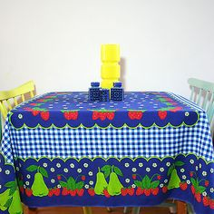 vintage 1970s #scandi  fruit & gingham print cotton tablecloth  #140cms x #134cm,  View more on the LINK: http://www.zeppy.io/product/gb/2/182030548295/