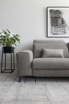 With sleek lines and a stunning shape, the Donato is the perfect example of how to bring modern elegance and functionality together, without compromising on style or comfort.