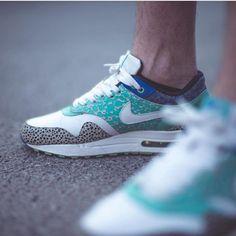 Nike Air Max 1 Premium Mint Safari by @vall_he / @susi_supersatz ________________________________ #nike #air #max #safari #highsnobiety #igkicks #igsneakercommunity #igsneakerhead #sneaker #sneakerhead #shoeporn #sneakerfreaker #sneakerlove #sneakerholics #sneakernautics #sneakerporn #snkr #snkrart #snkrhds #soleonfire #soletoday #womft #yeezy #airmax90 #kiel #am90 #nikeid #womft ________________________________ tag @schuhspannerblog for shoutout www.schuh-spanner.com https://ift.tt/2sDz0Oh…