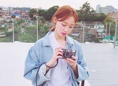 977.7K 個讚,6,351 則留言 - Instagram 上的 이성경(@heybiblee):「  평소 5배 이상의 당을 일주일동안 매일 먹었다. 내가 설탕이 된 기분.. 에휴 」 Lee Sung Kyung Photoshoot, Lee Sung Kyung Fashion, Korean Actresses, Actors & Actresses, Korean Actors, Weightlifting Kim Bok Joo, Weighlifting Fairy Kim Bok Joo, Dramas, Korean Girl