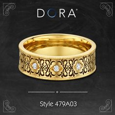 Champagne gold wedding band embellished with floral ivory Venice lace.  Find here http://dorarings.com/product/479a03/ #venetianlace #weddingrings #partnersrings