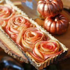 Rose Apple Tart- why the hell do I do this to myself, thinking I need to make a Rose Apple Tart, silly silly me.