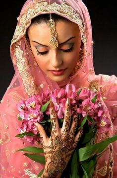 New Bridal Mehndi Designs 2013-2014 for more visit http://fashion1in1.com