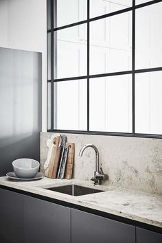 Easy And Cheap Tricks: Minimalist Interior Ideas Vanities minimalist kitchen backsplash floors.Minimalist Kitchen List Spaces minimalist home diy kitchens.Cosy Minimalist Home Inspiration. Minimalist Interior, Minimalist Decor, Modern Interior Design, Modern Minimalist, Minimalist Bedroom, Stone Interior, Minimalist Architecture, Minimalist Living, Kitchen Taps