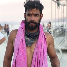 💕 Sarong Ni Luh - one of our favourite shots by . Burning Man 2017, Burning Man Fashion, Desert Fashion, Batik, Hippie Chic, Free Spirit, Festival Fashion, Shots, Boho