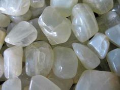 Moonstone | Ask Ganpati || Product Detail || Moonstone Big