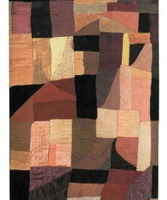 Одеяльце в стиле пэчворк [лоскутное шитье], которое Соня Делоне в 1911 году сделала для своего новорожденного сына, хранится в Музее современного искусства в Париже.  Источник: http://www.buro247.ua/culture/arts/sonia-delaunay-facts.html