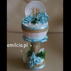 kielich błękitny1aaaaaE Cupcake Stands, Baptisms, Ideas Para, Snow Globes, Crafty, First Holy Communion, Christening, Souvenirs, Centerpieces