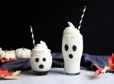Cookbook author and food stylist Diana Yen of The Jewels of New York is sharing a week of spooky cocktails that will wow guests at your Halloween soirée.  Tune in for more ghoulish and delicious libations! These ghostly milkshakes are given a tropical twist with a blend of coconut sorbet, rum, and ice
