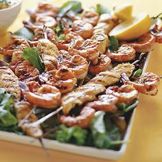 Easy Grilled Chicken and Shrimp Kebabs with Lemon and Garlic Recipe #healthy #recipes #memorialday