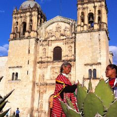 Santo Domingo and Oaxaca women