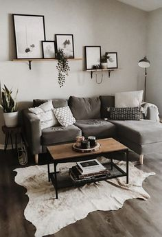 Outstanding small living room designs are readily available on our internet site. Take a look and you wont be sorry you did. Small Living Room Design, Design Room, Living Room Designs, Bedroom Designs, Living Room Decor, Interior Design, Tiny Living, Layout Design, Apartment Decoration