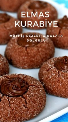 The Most Delicious Diamond Cookie Recipe (with video) – Delicious Recipes - Backen No Bake Oreo Cheesecake, Biscuits, Fried Oysters, Cranberry Chutney, Light Snacks, Wie Macht Man, Best Brownies, Coconut Macaroons, Oreo Desserts