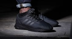 Working with a single shade, adidas has just released the latest edition of the recently minted ZX Flux Tech NPS. Set in full core-black, the sneaker is dr Adidas Flux, Nike Shoes Cheap, Nike Shoes Outlet, Nike Roshe One, Vans Sneakers, All Black Sneakers, Nike Air Max Zero, Air Max 2015, Adidas Originals Zx Flux