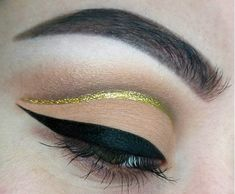 Neutral matte cut crease with gold liner #makeup #beauty