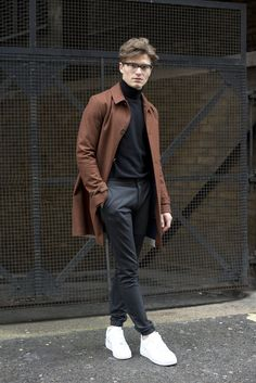 Oliver Cheshire – Men's style, accessories, mens fashion trends 2020 Mode Outfits, Fashion Outfits, Fall Fashion, Teen Guy Fashion, Fashion Black, Fashion Men, Fashion Rings, Korean Fashion, Stylish Men