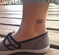 lotus ankle tattoo - Google Search