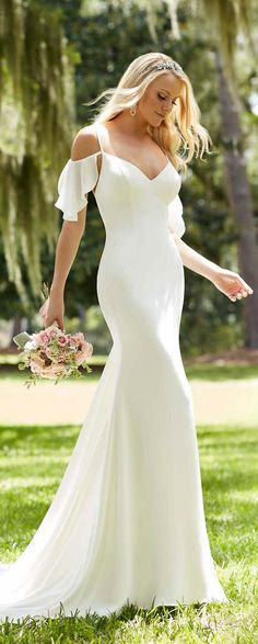 "Wedding Gown Martina Liana Spring 2016 Wedding Dress - The most amazing lineup of gorgeous bridal gowns by one of our favorite bridal designers, Martina Liana. Her Spring 2016 collection is ""Everything"" 2016 Wedding Dresses, Wedding Attire, Bridal Dresses, Wedding Gowns, Bridesmaid Dresses, Bhldn Wedding, Dresses 2016, Party Dresses, Cold Shoulder Wedding Dress"