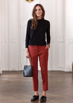 French brand Sezane launched their winter collection online an hour ago and several pieces have already sold out. In true Parisian fashion, the designs are effortlessly elegant with a tomboy twist. Casual Work Outfits, Business Casual Outfits, Professional Outfits, Office Outfits, Work Attire, Work Casual, Classy Outfits, Outfit Work, Hipster Outfits