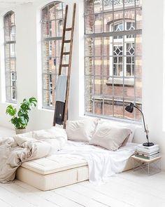 Вікна - еркери = по вінця залита світлом оселя.   https://tohome.com.ua/ua/