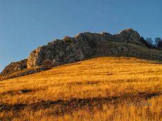 ȚARA LUI APOLO, CETATEA APULON ȘI LEGENDELE CARE SPUN CĂ TROIENII ȘI ROMANII ERAU TOT GEȚI HIPERBOREENI | Vatra Stră-Rumînă Apollo, Mountains, Nature, Travel, Geography, Naturaleza, Viajes, Destinations, Traveling