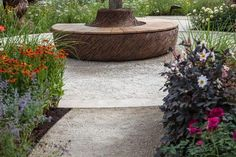 Incredible benches for decorating your garden 1