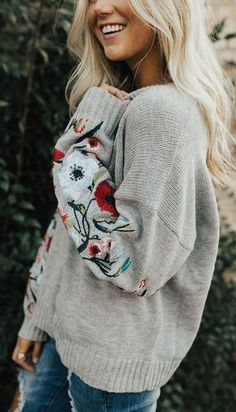 Cute, cozy grey sweater - love this with jeans and flats   Awesome fashion clothes for stylish women from Zefinka.